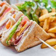 Een heerlijke sandwich voor in het weekend of bij de picknick.