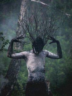 Photography inspiration surrealism illusions 38 Ideas for 2019 Arte Horror, Horror Art, Fantasy Kunst, Fantasy Art, Elves Fantasy, Foto Portrait, Arte Obscura, Witch Aesthetic, Aesthetic Light