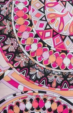 emilio-pucci-coral-black-white-capri-print-stretch-cotton-dress-product-3-15988087-325545138_large_flex.jpeg 391×600 pixels