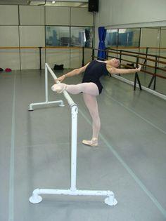 Barra de Ballet Samara, Mlb, Ballet Skirt, Dance, Skirts, Fashion, Home, Ballet Dancers, Ballerinas