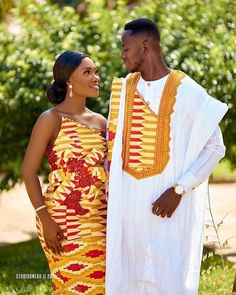 We Love Ghana Weddings💑💍 ( African Traditional Wedding, African Traditional Dresses, Traditional Outfits, Traditional Weddings, African Fashion Skirts, African Lace Dresses, African Inspired Fashion, African Wear, African Attire