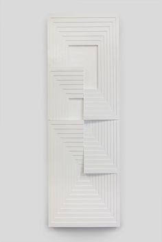 Julian Hoeber, Construction 2014 (plywood and latex enamel) Wall Sculptures, Sculpture Art, Geometric Sculpture, Cnc Cutting Design, Cardboard Sculpture, Origami, Hanging Pictures, Art Fair, White Art