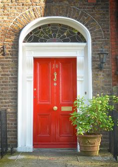 The door which located at the 16 Harrington Street, Dublin.