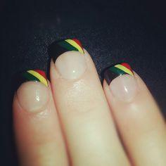 Rasta french manicure tips