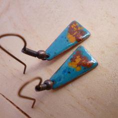 Boucles d'oreilles mini - rustique - émaillées sur cuivre