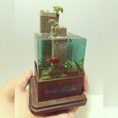 Incredible!!! Under the Sea diorama. Unknown modeler #scalemodel #hobby #modelismo #scalemodelkit #miniatura #miniature #usinadoskits #udk #sea #mar #ocean #oceano #água