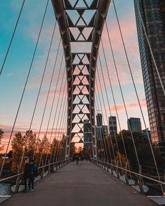 Humber Bay Toronto Pictures   Download Free Images on Unsplash Toronto Pictures, Toronto Images, Light Trail Photography, Toronto Photography, Toronto Skyline, Toronto City, Arch Bridge, Pedestrian Bridge