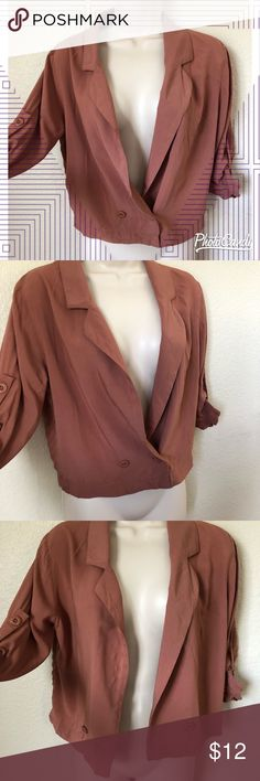 Cropped blazer by Cotton On! Awesome cropped blazer by Cotton On.. relaxed look great for work or casual wear.. versatile! Only worn once so in great condition! Size small Cotton On Jackets & Coats Blazers