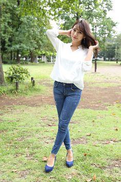 Asian Woman, Comfy, Denim, Jeans, Womens Fashion, Cute, Model, Shirts, Beautiful