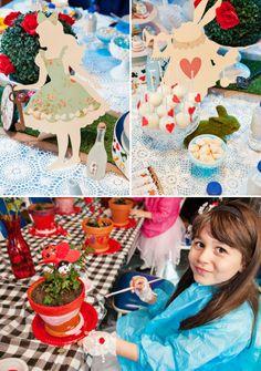 Alice au pays des merveille disney comment aménager la salle festive