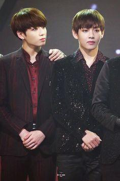 BTS   Jeon Jungkook & Kim Taehyung