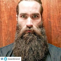 Another example of kick as content marketing from @beardbrand. Special shout out to their product how-to videos that are an ingenious use of video content. #contentmarketersoftheweek #contentmarketing #content101 #content #uniquemarketing #instagrammarketing #productmarketing #videocontent #loveit #datbeard ・・・ @josheb your #beardbrandPOTD was almost too big to fit in the box, but I guess we can chalk it up to #epicbeardproblems. _ Share your beard and a little info about yourself with us…