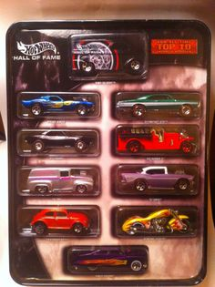 HOT WHEELS - HALL of FAME TIN SET - Target Limited Edition 2004 - 10 Cars - MINT