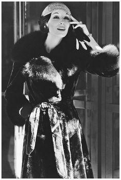 Anjelica Huston Fashion Model Wearing Fur Coat 1972 Photo Bob Stone