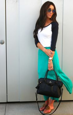 Casual + Chic. Mixing skirts with casual tops!