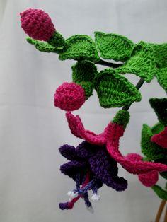 Fuchsia flower in crochet - not a free pattern