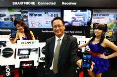 โซนี่ไทยยกขบวนนวัตกรรมเครื่องเสียงรถยนต์  ชู App Remote ควบคุมความบันเทิงผ่านสมาร์ทโฟน สร้างความสะดวก ปลอดภัยทุกการเดินทาง    บริษัท โซนี่ ไทย จำกัด ยกขบวนผลิตภัณฑ์เครื่องเสียงรถยนต์ พร้อมเปิดตัว App Remote แอพพลิเคชั่นบนสมาร์ทโฟน เครื่องมือช่วยควบคุมความบันเทิงทุกการเดินทาง ซึ่งรองรับการใช้งานทั้งระบบปฏิบัติการ iOS และแอนดรอยด์ เป็นครั้งแรกในงานมหกรรมยานยนต์ Motor Expo 2012 ในระหว่างวันที่ 28 พฤศจิกายน ถึง       10 ธันวาคม 2555 ณ อาคารชาเลนเจอร์ 3    อิมแพ็คท์ เมืองทองธานี