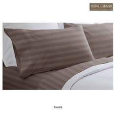 4-Piece Set: Hotel Grand 100% Egyptian Cotton Damask Bedding at 74% Savings off Retail!
