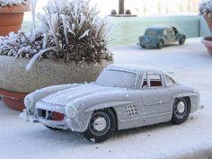 épave 300sl burago givrée #voiture #automobile #givre #hiver #froid #polaire #glace #glaciale #winter #ice #quartierdesjantes Quartierdesjantes.COM