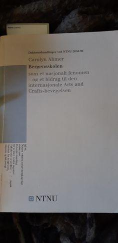 """""""Bergensskolen - Som et nasjonalt fenomen, og et bidrag til den internasjonale Arts and Crafts-bevegelsen"""" av Carolyn Ahmer (ISBN: 8247163950, 9788247163955). Cards Against Humanity"""