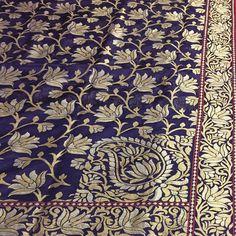Our treasure! A pure Katan silk saree made with real silver thread zari, handwoven with love over two months by master weavers in Banaras. This is a true heirloom. #classic #classicbanaras #tilfi #zari #benares #banarasi #varanasiweaves #indianwedding #trousseau #weddingtraditional #ethnic #sari #varanasi #stunning #royal #luxury #unique #luxe #Benarasi #handloom #handwoven #madeinindia #handcraftedinindia #makeinindia