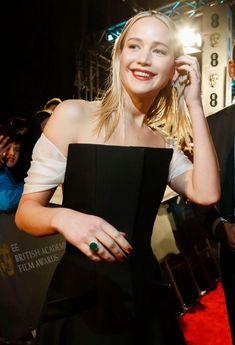Jennifer Lawrence attending the BAFTA in London Jeniffer Lawrance, Happiness Therapy, Pretty People, Beautiful People, Kentucky, Jennifer Lawrence Style, Kristin Scott Thomas, Celebs, Celebrities