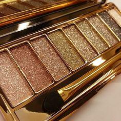 Mulheres 9 cores de maquiagem à prova d'água Glitter Paleta da sombra com escova