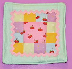 I Scream for Ice cream Pot Holder from Buzzellis Quilts © Nicole Newman 2012
