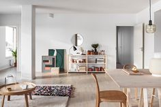 Sato apartment designed by Susanna Vento, an interior design and styling. This lovely apartment is very bright yet soothing Minimal Apartment, Small Apartment Interior, Apartment Design, Room Interior, Modern Interior, Interior Styling, Apartment Ideas, Interior Decorating, Helsinki