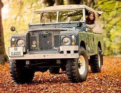 Land Rover (Series & Defenders) and more stuff I like. Landrover Defender, Defender 110, Land Rover Serie 3, Land Rover Santana, Auto Union 1000, Wiking Autos, Vw Bus, Jaguar, Best 4x4