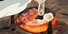 Top des gifs de nourriture des films des Studios Ghibli qui vont te donner faim, parce qu'avec Miyazaki on dévore avec les yeux