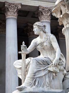 "Bra history: Women In Ancient Greece Wore Garments Called ""Peplos. Greek History, Women In History, Ancient History, Art History, European History, American History, Roman Sculpture, Sculpture Art, Art Antique"