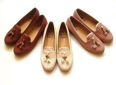 Brown, White or Pink? :)  #ChooseDay