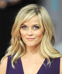 Reese Witherspoon Long Straight Light Blonde Hairstyle with Side Swept Bangs Reese Witherspoon Hairstyle – Long Straight Casual – Light Blonde Blonde Fringe, Blonde Bangs, Hairstyles With Bangs, Straight Hairstyles, Cool Hairstyles, Hairstyle Photos, Blonde Hairstyles, Medium Hair Styles, Short Hair Styles