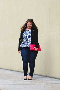 Step outside of your comfort zone. Our personal stylists will help you find the perfect outfit. Style your curves at Dia&Co.