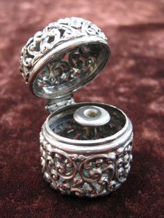 Unger Brothers Sterling Silver Reticulated Thimble Holder