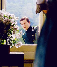 Tom can smile like that at me all day... #DowntonHeartthrob