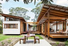 Shipping Container Home Designs, Container House Design, Small House Design, Storage Container Homes, Cottage Design, Shipping Container Office, Sea Container Homes, Cabin Design, Container Store