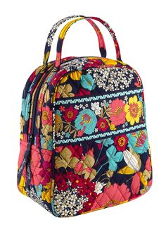Love this Vera Bradley Lunch bag. Cute for back to school! Cute Gifts For 8df5347c252ac