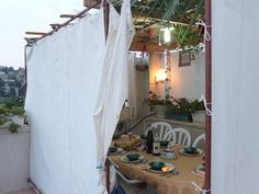 Snazz Up Your Sukkah with These Tips and Laws