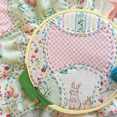 Adding some stitches to my Bunnies and Cream @transientart Apple Core panel I have decided to turn this into a bib for a new babe! With so many QAL's and BOM's there's not time for another quilt! Of course, using my favorite Valdani Perle Cotton and Fons and Porter Utility Needles!!! #sunnydaysupply #sunnystitching #fonsandporter #valdanithreads #bunniesandcreamfabric #rileyblakedesigns #pennyrosefabrics