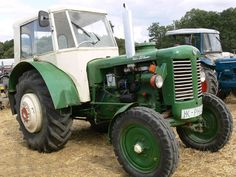 Zetor 50 Super 01m Antique Tractors, Farming, Old Things, Retro, Vehicles, Vintage, Tractor, Commercial Vehicle, Rolling Stock