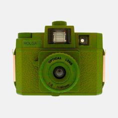Holga Starter Kit Green Disponible en http://followtheforest.com/fotografia/217-holga-starter-kit-green.html