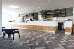 Golf Club Pickala www. Golf Clubs, Restaurants, Hotels, Retail, Kitchen, Table, Furniture, Home Decor, Cooking