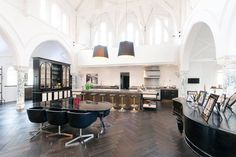 this-stunning-converted-london-church-can-be-bought-for-10-million-gbp-6.jpg (940×627)