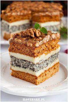 orzechowiec Polish Desserts, Polish Recipes, No Bake Desserts, Dessert Recipes, Russian Cakes, Unique Desserts, New Cake, Russian Recipes, Eat Dessert First