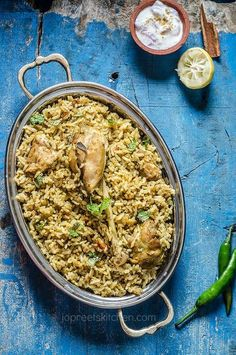 """Dindigul Chicken Biriyani, the famous south Indian style Chicken Biryani with subtle flavors of mint leaves and garam masala. We are biryani lovers and biryani is my weakness :) I have tried """"n"""" number of restaurants for the authentic biryani taste Halal Recipes, Veg Recipes, Indian Food Recipes, Chicken Recipes, Dinner Recipes, Cooking Recipes, Ethnic Recipes, Indian Foods, What's Cooking"""