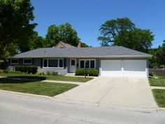 MLS #08100560  401 Prospect Manor, Mt Prospect, IL