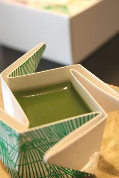 Love the package :D   Yōkan, Japanese Jellied Dessert (Tōrindoh, Tokyo)  桃林堂の水羊羹