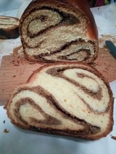 Hellena  ...din bucataria mea...: Cozonac cu nuca si gem de corcoduse Bread, Gem, Desserts, Food, Tailgate Desserts, Deserts, Brot, Essen, Jewels